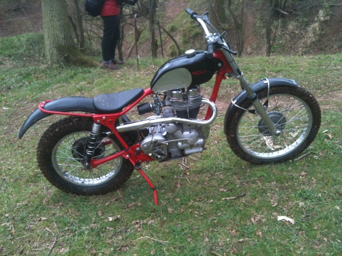 Motorcycle Classic Twinshock Trials Rear Spindle Gas Gas Copy
