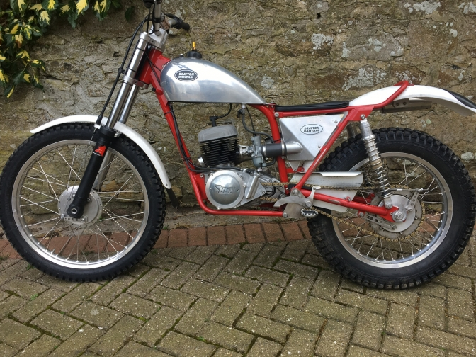 We Take a look at this much maligned BSA Unit single clutch that was